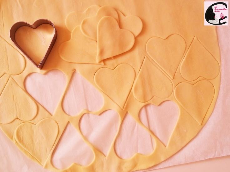 coeur, saint valentin, chocolat, chocolat noir, framboise, confiture, pâte feuilletée, sucette, love pops, recette facile, recette originale, amour, gourmandisecoeur, saint valentin, chocolat, chocolat noir, framboise, confiture, pâte feuilletée, sucette, love pops, recette facile, recette originale, amour, gourmandise