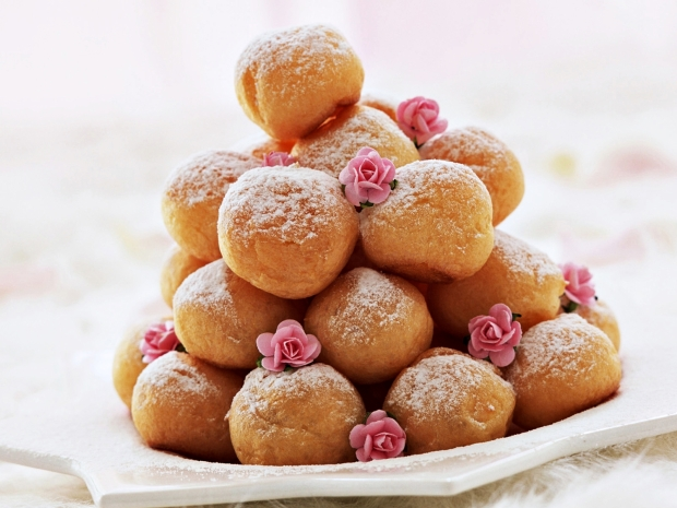 beignet, mardi gras, friture, sucre, gourmandise, pâte briochée, beignet boule