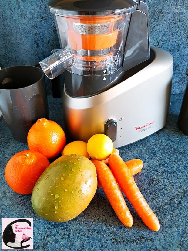 jus, jus de fruits, jus de fruits frais, extracteur de jus, boisson, centrifugeuse, vitamines, orange, carotte, mangue, infiny juice, moulinex, petit déjeuner
